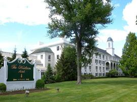 CrestFlorist-Wedding-Flowers-Partner-Madison-Hotel-Wedding-Venue