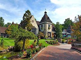 CrestFlorist-Wedding-Flowers-Partner-Pleasantdale-Chateau_Wedding-Venue